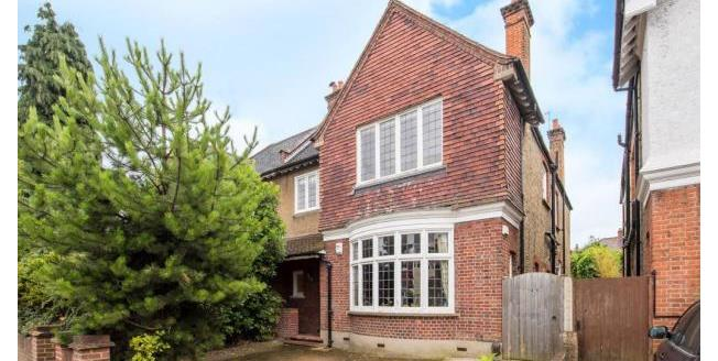 £3,000 per Calendar Month, 4 Bedroom House To Rent in Kingston upon Thames, KT1