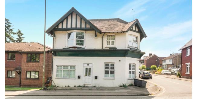 £650 per Calendar Month, 1 Bedroom Apartment To Rent in Whitehill, GU35