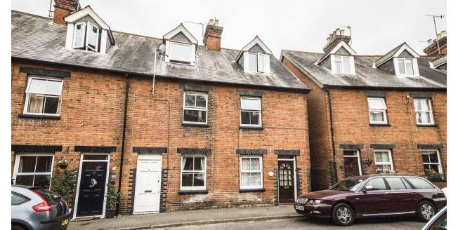 £1,100 per Calendar Month, 3 Bedroom House To Rent in Godalming, GU7