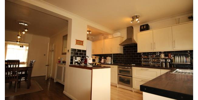 £1,850 per Calendar Month, 3 Bedroom Semi Detached House To Rent in Surbiton, KT6