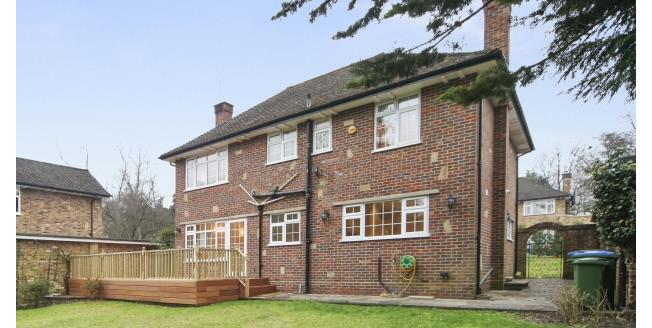 £3,400 per Calendar Month, 4 Bedroom House To Rent in Cobham, KT11
