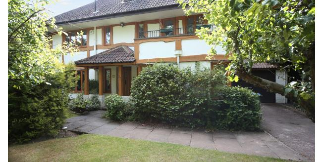 £5,000 per Calendar Month, 4 Bedroom Detached House To Rent in Cobham, KT11