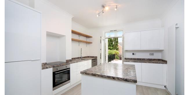 £1,600 per Calendar Month, 2 Bedroom Apartment To Rent in Weybridge, KT13