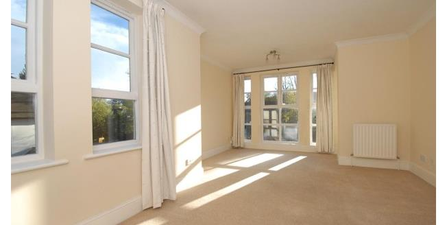 £2,200 per Calendar Month, 2 Bedroom Apartment To Rent in Richmond, TW10