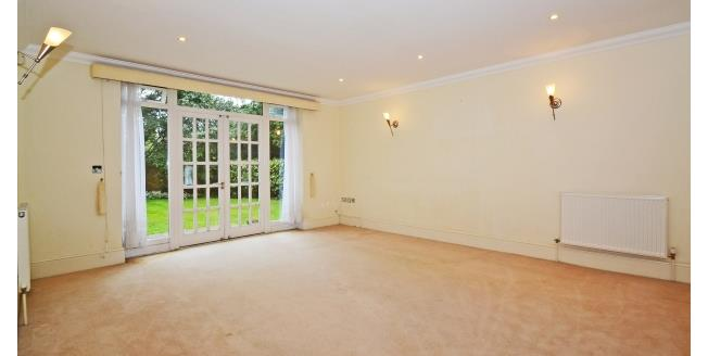 £1,500 per Calendar Month, 2 Bedroom Apartment To Rent in Esher, KT10