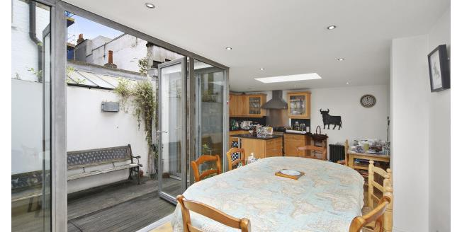 £6,500  per Calendar Month (Calculated), 4 Bedroom Apartment To Rent in London, W8