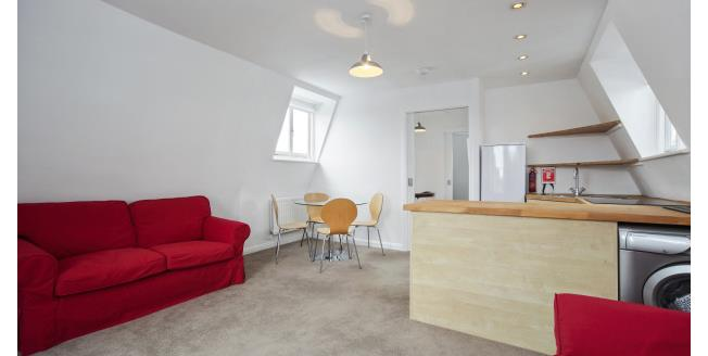 £1,581  per Calendar Month (Calculated), 1 Bedroom Flat To Rent in London, W10