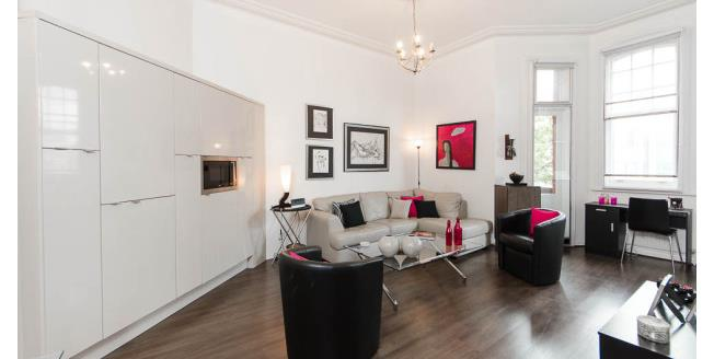 £1,950  per Calendar Month (Calculated), 1 Bedroom Flat To Rent in Earls Court, SW5