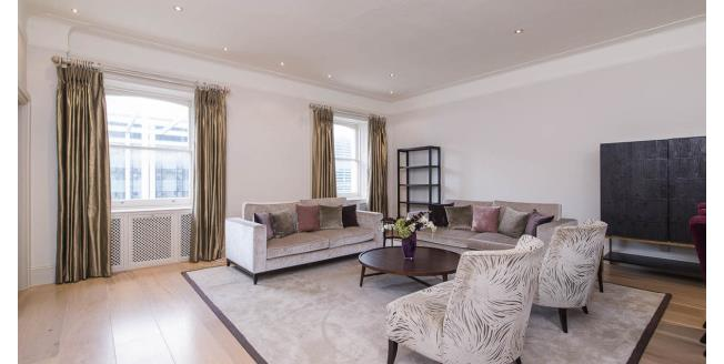 £10,833  per Calendar Month (Calculated), 3 Bedroom Flat To Rent in South Kensington, SW7