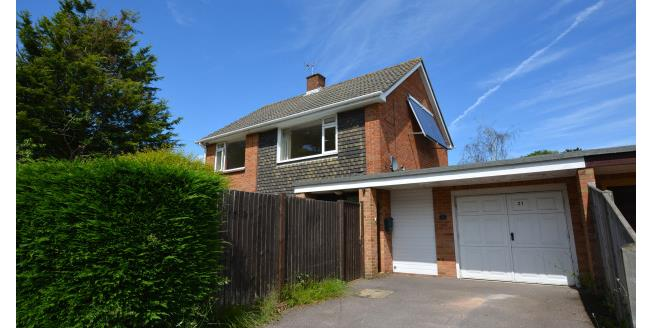 £1,450 per Calendar Month, 4 Bedroom House To Rent in Lymington, SO41