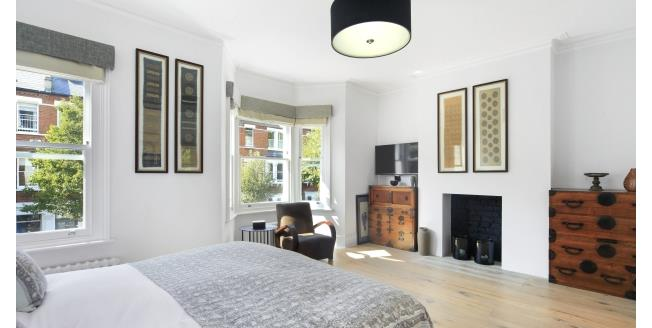 £7,995  per Calendar Month (Calculated), 5 Bedroom House To Rent in London, SW11