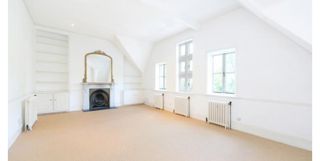 £2,990  per Calendar Month (Calculated), 3 Bedroom Flat To Rent in London, SW11