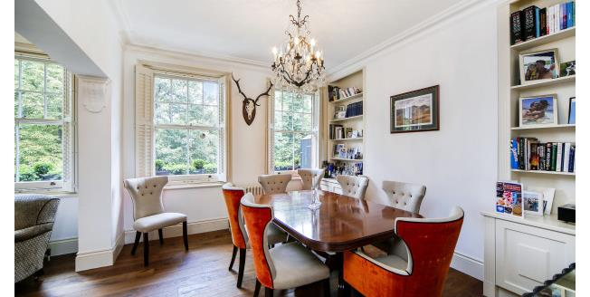 £3,250  per Calendar Month (Calculated), 3 Bedroom Flat To Rent in London, SW11