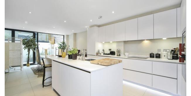 £5,850  per Calendar Month (Calculated), 4 Bedroom House To Rent in London, SW6