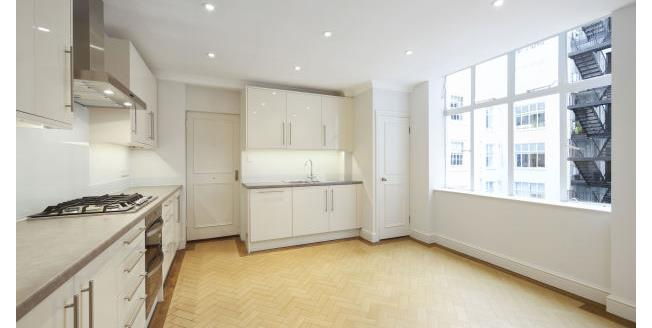 £3,250  per Calendar Month (Calculated), 3 Bedroom Apartment To Rent in London, SW6