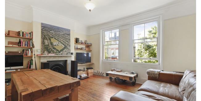 £1,400 per Calendar Month, 1 Bedroom Flat To Rent in London, SW19