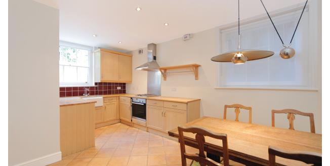 £2,500 per Calendar Month, 2 Bedroom Apartment To Rent in London, SW19