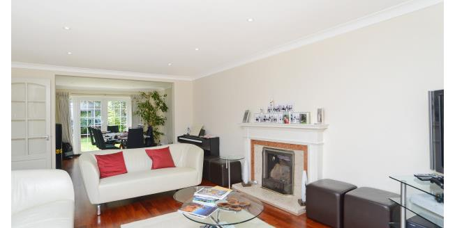 £4,250 per Calendar Month, 4 Bedroom House To Rent in Kingston upon Thames, KT2