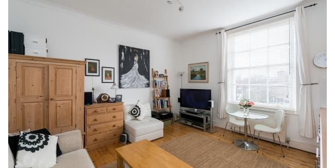£1,711  per Calendar Month (Calculated), 1 Bedroom Flat To Rent in London, NW3
