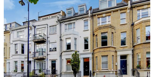 £3,466  per Calendar Month (Calculated), 3 Bedroom Flat To Rent in London, SW3