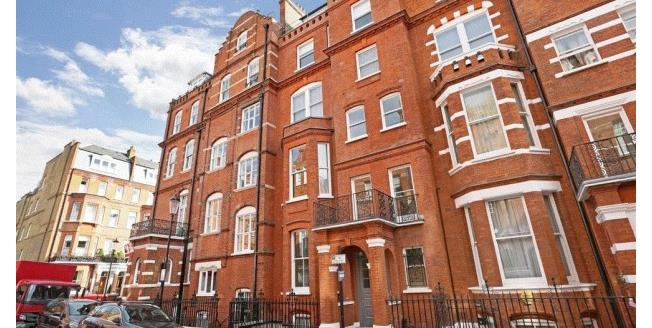 £2,925  per Calendar Month (Calculated), 1 Bedroom House To Rent in London, SW3