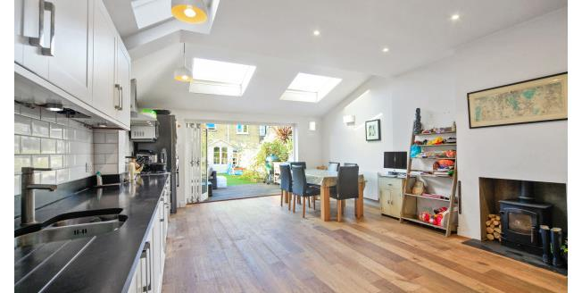 £3,033  per Calendar Month (Calculated), 4 Bedroom Terraced House To Rent in London, SW18