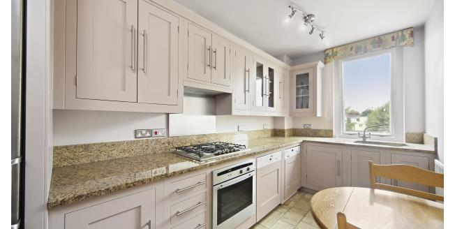 £3,445  per Calendar Month (Calculated), 3 Bedroom Apartment To Rent in London, SW1W