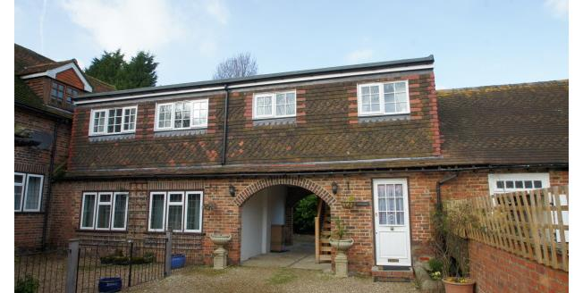 £850 per Calendar Month, 2 Bedroom Apartment To Rent in Charlwood, RH6