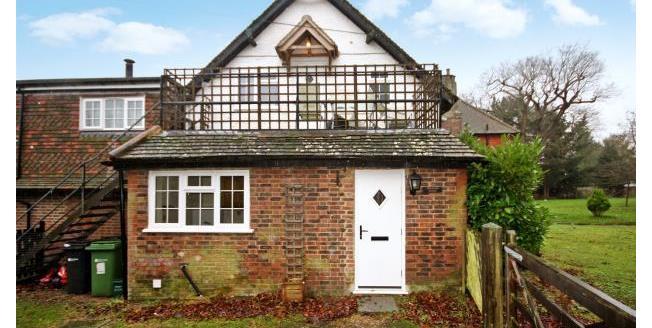 £895 per Calendar Month, 2 Bedroom Apartment To Rent in Horley, RH6