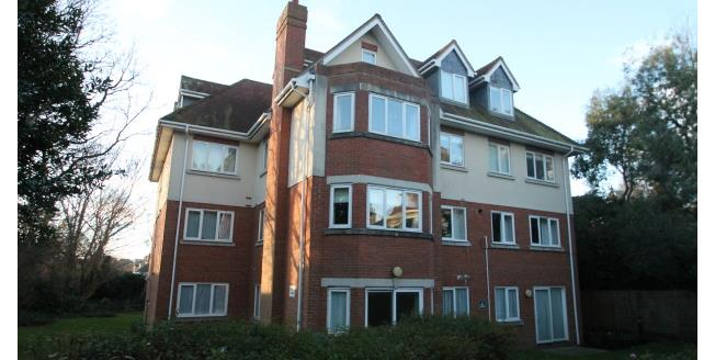 £1,400 per Calendar Month, 2 Bedroom Apartment To Rent in Hove, BN3