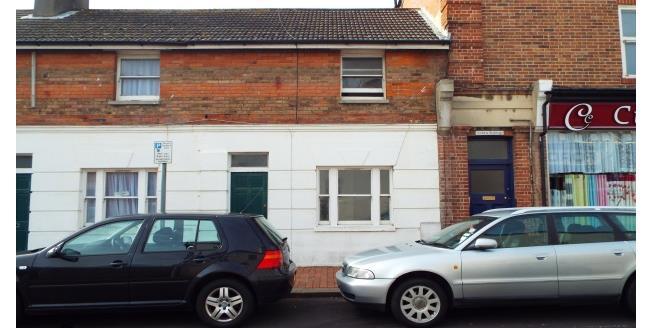 £800 per Calendar Month, 2 Bedroom To Rent in Worthing, BN11
