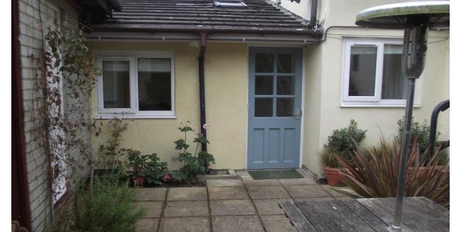 £700 per Calendar Month, 1 Bedroom Flat To Rent in Midhurst, GU29