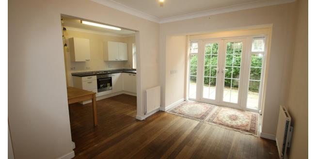 £1,400 per Calendar Month, 4 Bedroom End of Terrace House To Rent in Midhurst, GU29