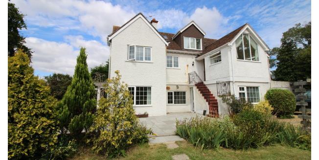 £1,350 per Calendar Month, 3 Bedroom Maisonette Apartment To Rent in Bognor Regis, PO21