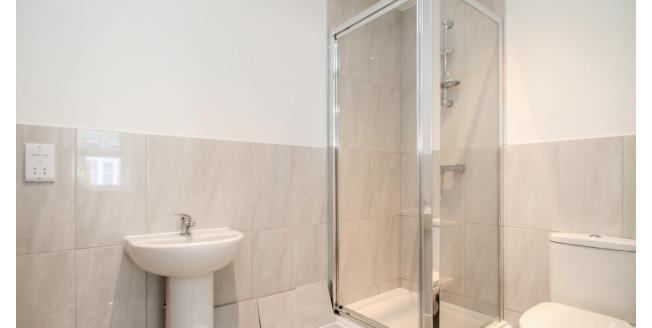 £725 per Calendar Month, Apartment To Rent in Beckenham, BR3