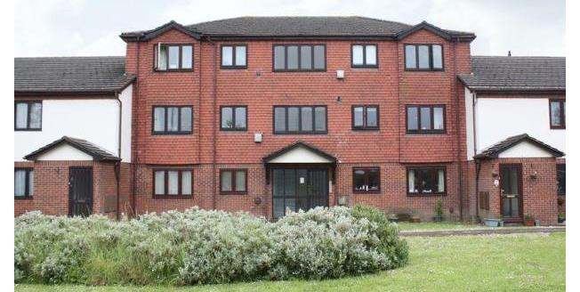£700 per Calendar Month, 2 Bedroom Flat To Rent in Southampton, SO15