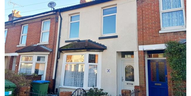 £1,000 per Calendar Month, 3 Bedroom House To Rent in Southampton, SO15