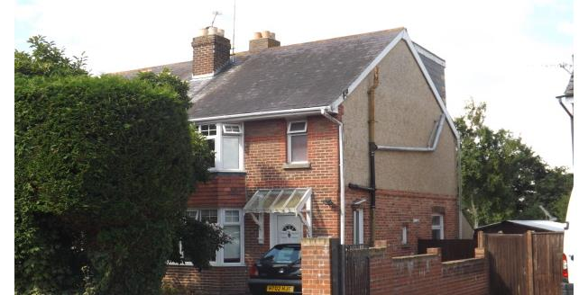 £1,200 per Calendar Month, 3 Bedroom House To Rent in Waterlooville, PO7