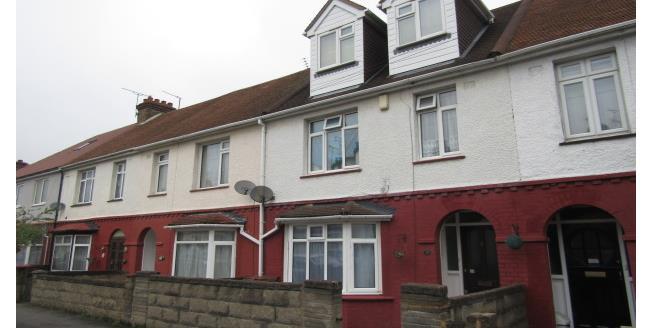 £350 per Calendar Month, Apartment To Rent in Gillingham, ME7