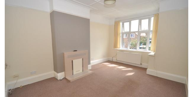 £975 per Calendar Month, 3 Bedroom Semi Detached House To Rent in Gillingham, ME8