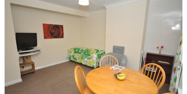 £380 per Calendar Month, 1 Bedroom Apartment To Rent in Gillingham, ME7