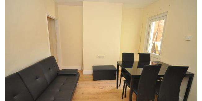 £360 per Calendar Month, 1 Bedroom Apartment To Rent in Gillingham, ME7