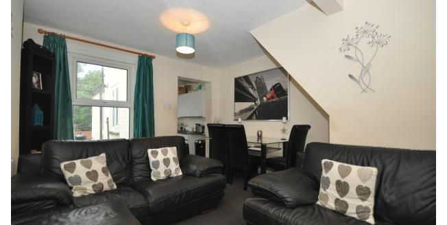 £750 per Calendar Month, 3 Bedroom End of Terrace House To Rent in Gillingham, ME7