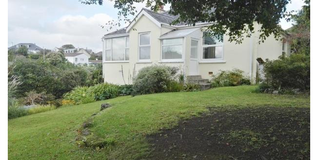 £750 per Calendar Month, 2 Bedroom House To Rent in Helston, TR12