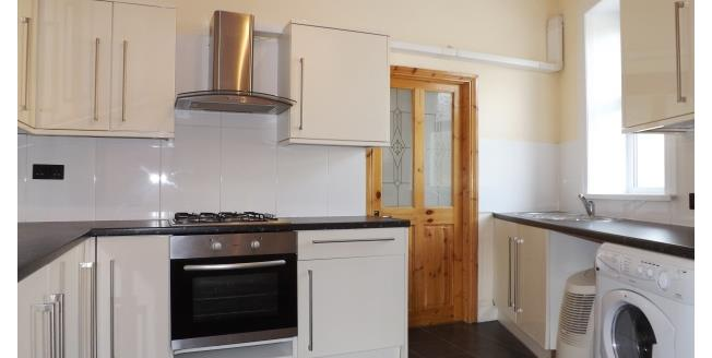 £800 per Calendar Month, 3 Bedroom End of Terrace House To Rent in Plymouth, PL3