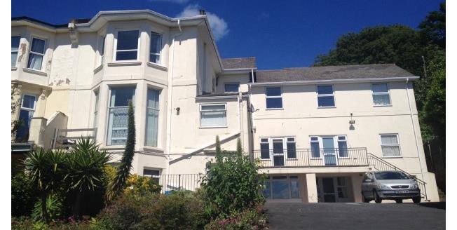 £450 per Calendar Month, 1 Bedroom Flat To Rent in Torquay, TQ1