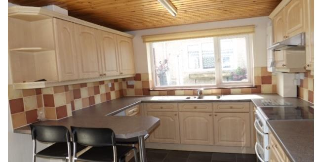 £800 per Calendar Month, 4 Bedroom Semi Detached House To Rent in Torpoint, PL11