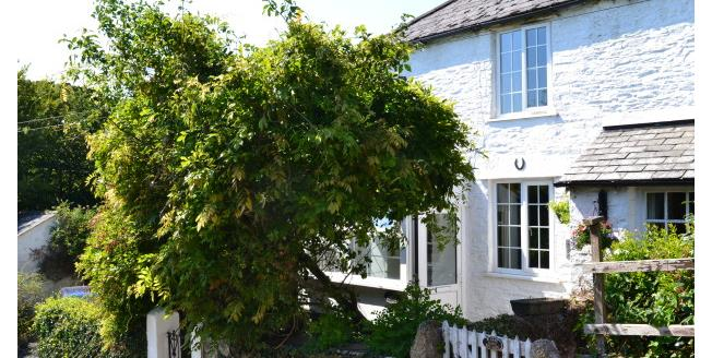 £600 per Calendar Month, 2 Bedroom Cottage House To Rent in Liskeard, PL14