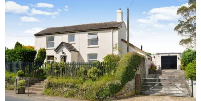 £1,050 per Calendar Month, 3 Bedroom Detached House To Rent in Truro, TR4