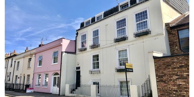 £850 per Calendar Month, 2 Bedroom Maisonette Apartment To Rent in Southsea, PO5
